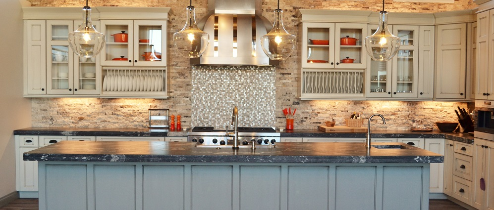 pinnacle cabinet and millwork - custom cabinets, closets, & millwork